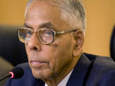 Mamata's Rs 500 crore relief fund not enough for Saradha depositors: Bengal Governor