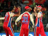 IPL 2013: Royal Challengers Bangalore vs Mumbai Indians LIVE