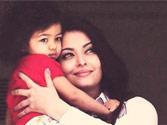 Picture perfect! Ash with Aaradhya at Cannes