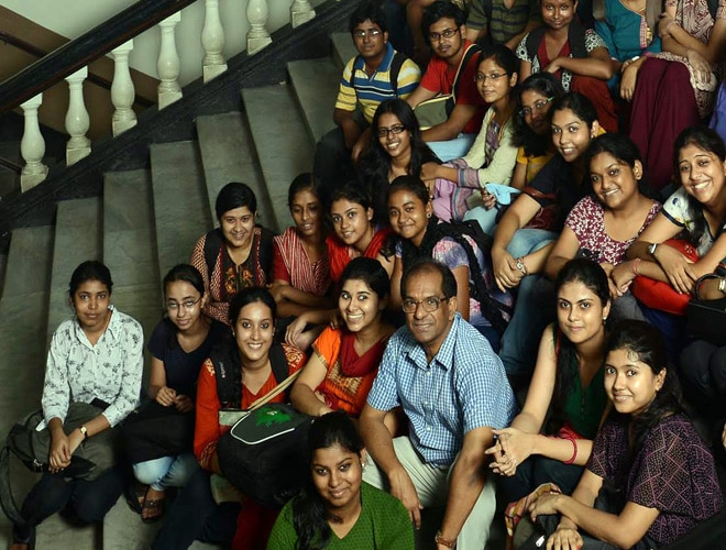 Vice-Chancellor Suranjan Das with students.