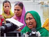 Manmohan Singh should quit for having failed to save my brother, says Sarabjit Singh's sister Dalbir Kaur
