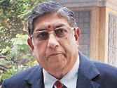 BCCI chief and CSK owner Srinivasan's kin under Mumbai Police scanner for IPL spot-fixing