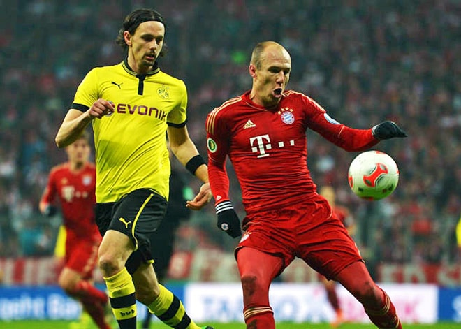 From left: Neven Subotic and Arjen Robben