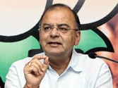 Reverse sweep turns the game: By propping up Dalmiya and persuading Srinivasan to step aside, Jaitley has secured his own chances of heading cricket's richest organisation
