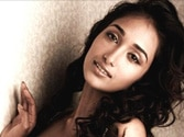 Bollywood in shock with Jiah Khan's sudden death