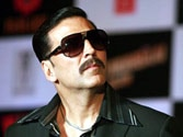Akshay eyes Rs 100 crore mark for Once Upon A Time in Mumbaai Dobara