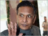 Beni targets Mulayam again, says he is not even fit to sweep PM's house