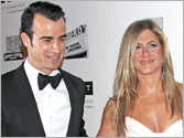 Jennifer Aniston may not invite mother to wedding