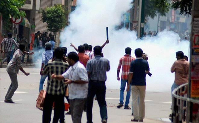 Protests over solar scam in Kochi.