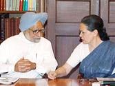 Sonia meets PM ahead of crucial UPA meet on Telangana