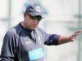 Ashes 2013: Aussie coach Darren Lehmann fined for 'Broad attack'