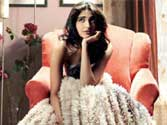 Won't date anyone from film industry: Sonam Kapoor