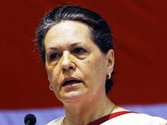 Sonia asks PM to ensure Durga is treated fairly