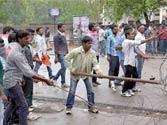 Telangana protests: Seemandhra employees' indefinite stir continues