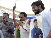 Jaganmohan Reddy once again the centre of attraction