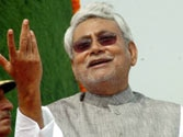 Sometimes one has to wear a cap, sometimes a tilak: Nitish