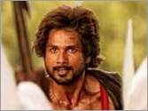 Shahid Kapoor's new avatar in R...Rajkumar revealed