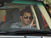 Salman Khan loses his cool, throws fan's mobile on the road