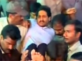 Jagan Reddy forced to break his fast, shifted to a hospital