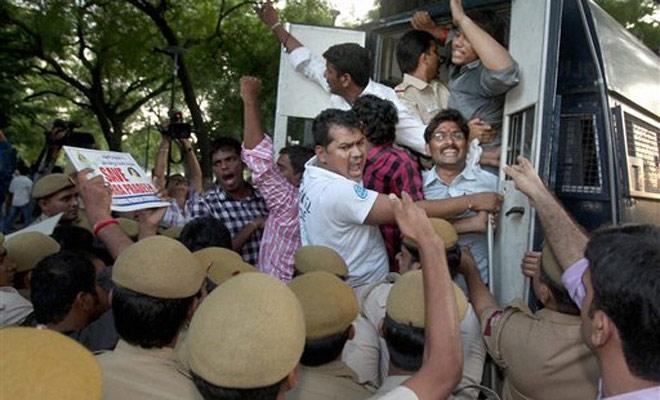 Anti-Telangana activists