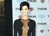Jaimie Alexander goes commando at Thor: The Dark World premiere