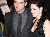 Kristen Stewart reunites with Robert Pattinson