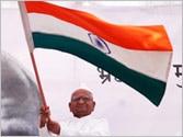 Lokpal Bill passed in Lok Sabha: Anna Hazare ends fast, Kiran Bedi and V.K. Singh join celebrations in Ralegan Siddhi