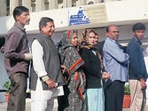 High turnout in Delhi, Rajasthan, Chhattisgarh and Madhya Pradesh could signal wave in 2014