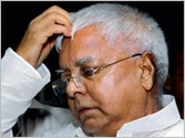 Lalu meets Sonia, regrets snapping alliance with Congress