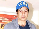 Sunny Deol gets emotional watching 'Sholay 3D'