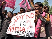 Centre to stick with 10 district Telangana, junks 12 district Rayala Telangana proposal