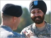 US military eases rules on turbans, beards, tattoos and other religious items