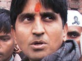 Kumar Vishwas's jibe at Kerala nurses stirs another controversy