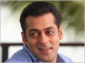 Salman Khan wants Kejriwal's AAP govt to prove itself