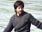 Shahid goes bald for Haider, #DontGoBaldShahid trends on Twitter