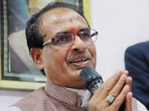 Chouhan withdraws new liquor policy after fierce opposition