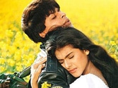 Bollywood's iconic pair Shah Rukh-Kajol to reunite for DLLJ remake?