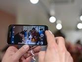 Smartphone cameras step closer to DSLR cameras
