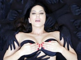 Watch Sunny Leone shimmy in Baby Doll from Ragini MMS 2