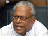 Achuthanandan unofficially banned from CPM functions