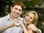 Live-in or wedding? Personal traits to decide
