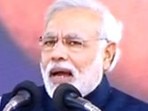 Lawless UP can't compare with Gujarat: Narendra Modi