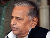 Two UP ministers sacked after earning Mulayam's ire