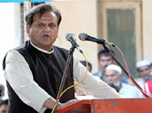 Ahmed Patel accuses Modi of spying on him