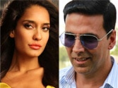 Why did Akshay Kumar pour champagne on Lisa Haydon?