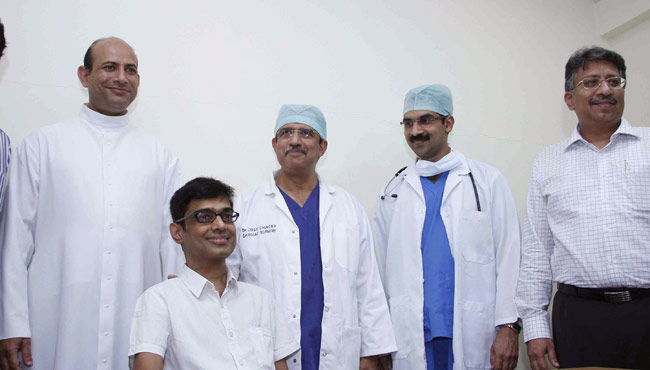 Gireesh Kumar (second from left) who underwent a heart re-transplant surgery, with Dr Jose Chacko Periappuram (third from left).