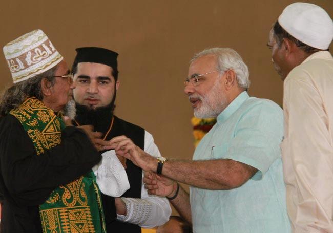 e6acbc0d8d6 Modi replies on 2011  skull cap  row  Gandhi never wore any ...