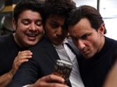Cast of Humshakals bitten by the Selfie bug