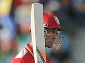 Maxwell vs Gayle! Key players from RCB, KXIP in IPL 7 tie