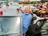 Thousands on Delhi roads to see Modi wave